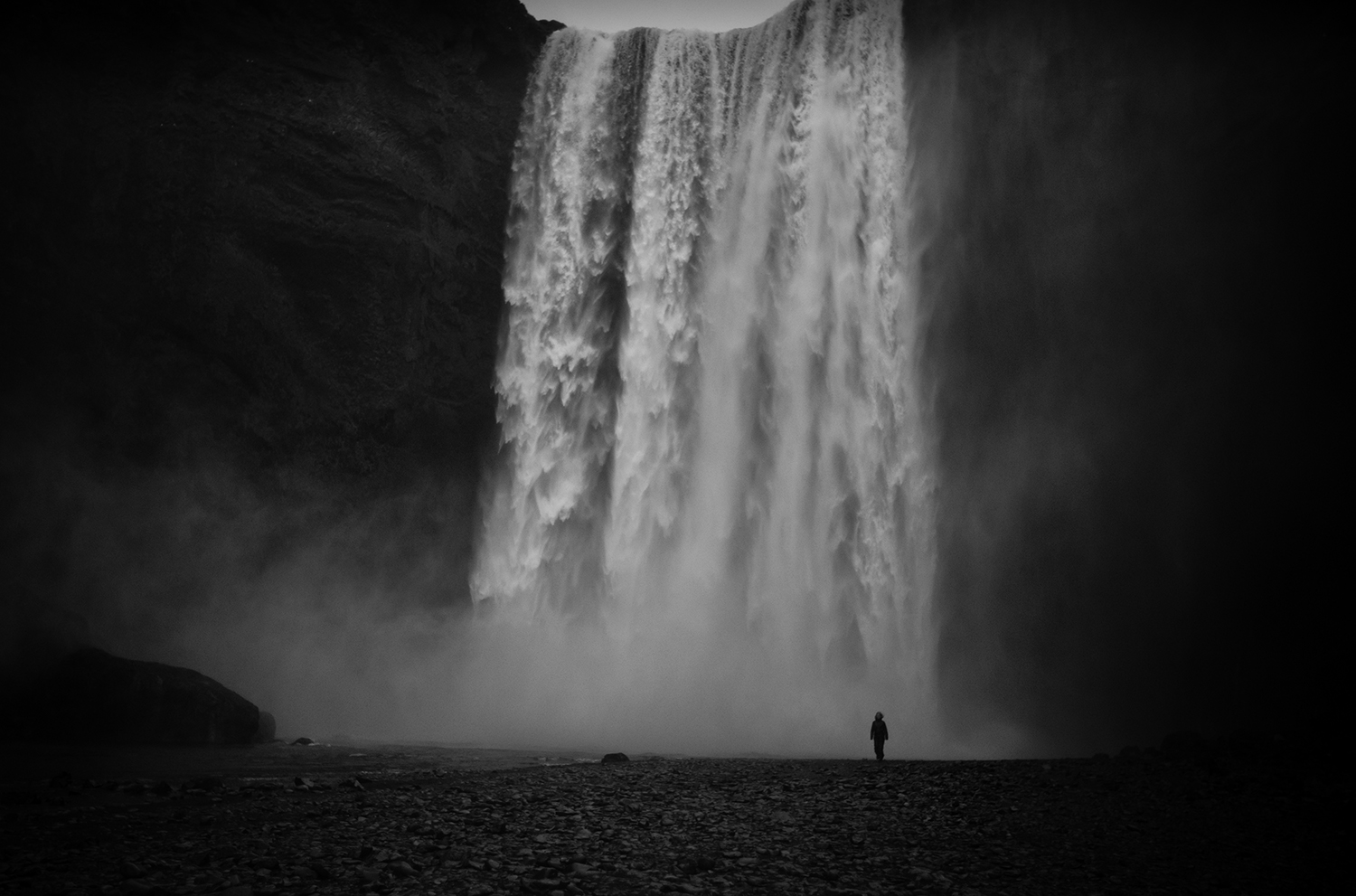 SN-4804-sophie-narses-photographe-islande-voyage-aventure-book-shooting-portrait-geneve-mariage-suisse-famille-animaux-tirages-art-cours-photo-paysages-canon