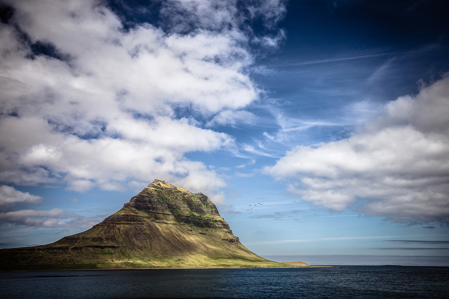 SN -IMG_1617-sophie-narses-photographe-islande-voyage-aventure-book-shooting-portrait-geneve-mariage-suisse-famille-animaux-tirages-art-cours-photo-paysages-canon
